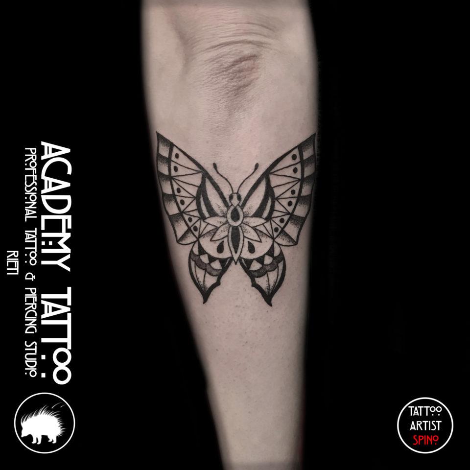 farfalla geometrica